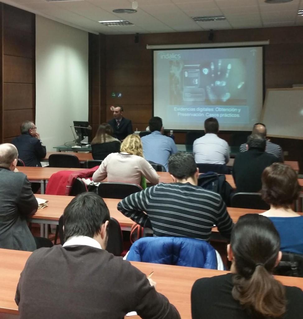 conferencia sobre peritaje informático almeria